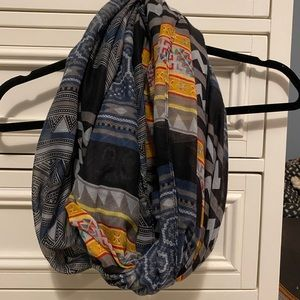 Circle light weight scarf